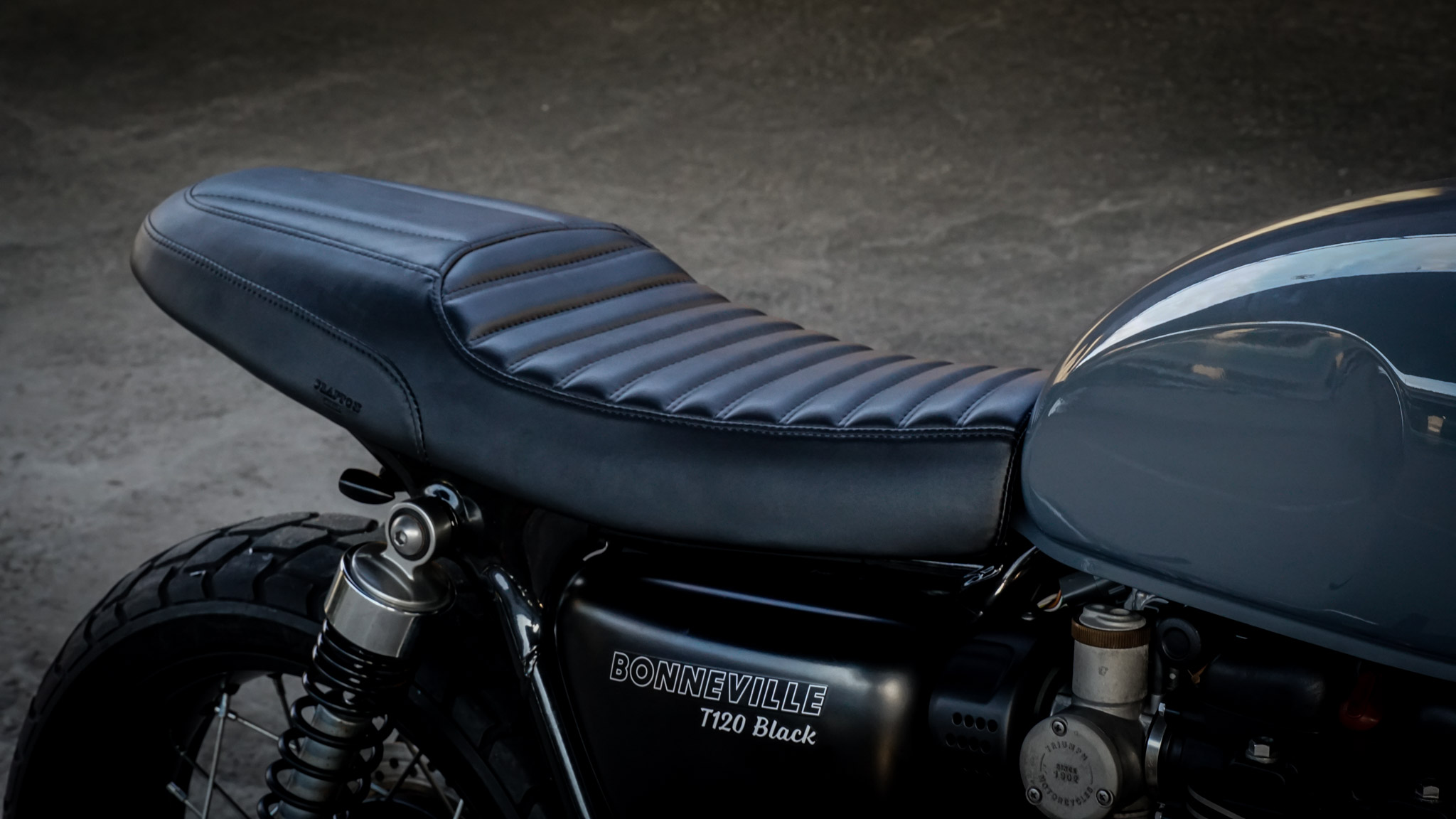 Greaser Triumph Custom Seat for Triumph Bonneville